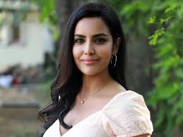 Priya Anand HD Wallpapers | Latest Priya Anand Wallpapers HD Free Download  (1080p to 2K) - FilmiBeat