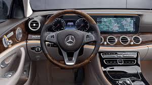 Mercedes-Benz: LINGUATRONIC in the E-Class.
