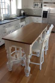 Kitchen Counter Table Design Your Small Family Could Gather At Dinner Time Happily Around This
