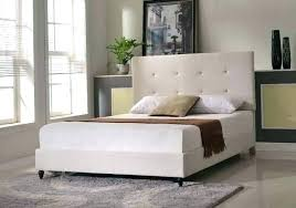 rug under queen bed. Rug Under Queen Bed Bedside Rugs Size What Area Home Design Ideas
