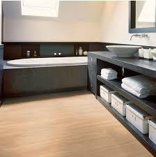 laminate flooring in bathroom.  Laminate To Laminate Flooring In Bathroom O