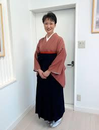 袴 髪型 教師 美しい髪