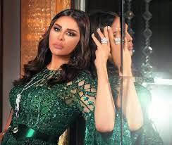 السعودية تكرّم الفنانة أحلام بدرع ذهبي  