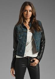 look your best with women s denim jackets from kohl s women s jean jackets are perfect for