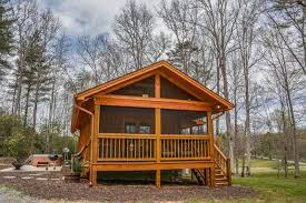 tiny house vacations. LAUREL ESCAPE- 1 BEDROOM/1 BATH LUXURY TINY HOUSE IN A TRANQUIL SPA LIKE SETTING. HOT TUB, WIFI, FIRE PIT, PET FRIENDLY, CHARCOAL GRILL, SAT TV, SLEEPS 2, Tiny House Vacations