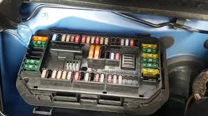 bmw 4 series (f32) how to change cigarette lighter? (fuse BMW 323I Fuse Panel Diagram at Bmw 64oi Fuse Box Location