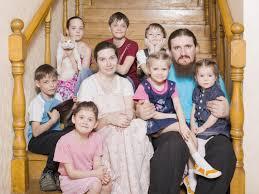 Омские многодетные семьи освободят от уплаты налогов