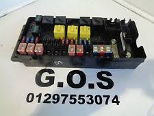 land rover discovery fuses fuse boxes 1998 2004 land rover discovery 2 td5 v8 fuse box fuses yqe103800