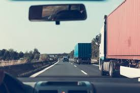 check for the best commercial truck insurance quotes