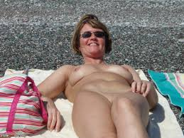 Mature wife nude outdoors
