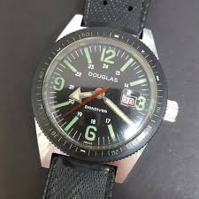 Douglas Skindiver Winding Vintage Watch, Luxury, Watches on Carousell