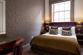 Maxima  Bed Suite In Newcastle City Centre Roomzzz Aparthotel - Cosmo 2 bedroom city suite
