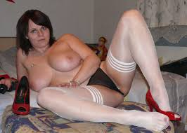 Amateur Shaved Mature Chubby MILF TGP gallery 311953
