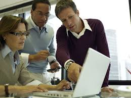 how do companies recruit employees what hiring and recruiting trends affect employee recruitment
