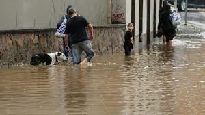 Almanya'da 200 yılın en büyük sel felaketi: Metrekareye 150 litre düşüyor  Kronos News | Bağım