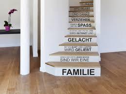 Planen sie eine party können sie die gäste bereits an gespenster basteln. Treppenstufen Bekleben Mit Wandtattoos