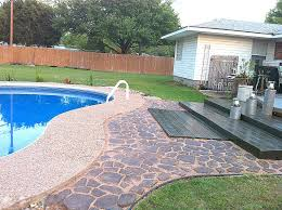 outdoor pallet wood. Wooden Pallet Deck, The Second Wind Of Texas Featured On Remodelaholic Outdoor Wood