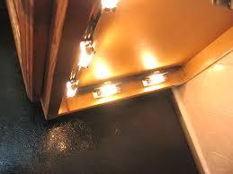 kitchen light cabinet accent lighting under i