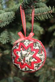 40 best Quilted Ornaments images on Pinterest | Christmas crafts ... & Over the past couple of years when I've attended holiday craft fairs, I've  seen many beautiful quilted fabric ornaments for sale on craft. Adamdwight.com