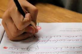 Cursive Chinese Doctors Note Few Fs Given In Cursive Writing At Schools Embracing Longhand
