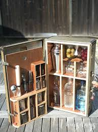 turn a vintage suitcase into an amazing portable bar so you can make all your favorite portable bar