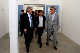 """Junto a Kicillof, Alberto inauguró fábrica de medicamentos y celebró: """"El  FMI nos dio la razón"""" - Cronos Noticias"""