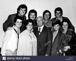 jay, Merrill, Wayne, Alan, .Donny, George, and Marie Osmond Stock Photo -  Alamy