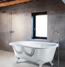 glass bathtub surround mosaic tile