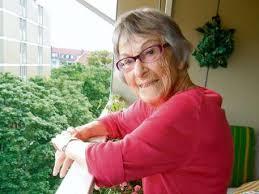 「Brunhilde Pomsel」の画像検索結果