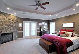 High windows to balance room design, create bright space and raise ceiling