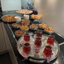 """Nermin Yazılıtaş on Instagram: """"Hayırlı akşamlar herkese 🥰 misafirlerim  var 🤩""""   Yemek sunumu,"""