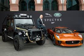 2015 Land Rover Defender Spectre Stunt Car Review - Top Speed. »  E