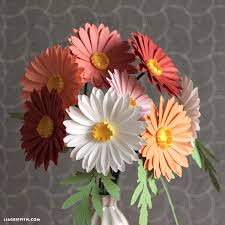 How To Make A Simple Paper Flower Bouquet Simple Paper Daisies Paper Flowers Folded Paper Flowers