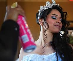 Quince Hairstyles 10 Best Quinceañera Industry Comes Of Age Houston Chronicle
