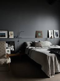 Calm bedrooms in dark grey hues | Pia Ulin