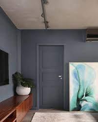 Buscando portas de madeira cinza? Ideias De Projetos Com Portas Coloridas Revestindo A Casa
