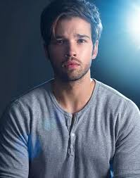 nathan kress tell me how i die. #tellmehowidie #nathankresspic.twitter.com/porfj5lntw nathan kress tell me how i die h