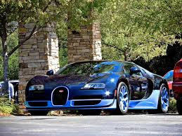 The vitesse is the veyron that goes beyond unique and empowering, drawing a fine line between the grand sport and the super sport. Bugatti Veyron Grand Sport Vitesse Blue Carbon At The Quail Lodge Mind Over Motor