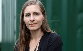For today's book news: Eleanor Catton continues to dominate, Michael Crichton's non-dino-related work gets a ... - Eleanor-Catton