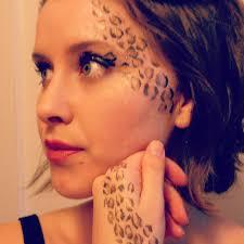 leopard print makeup