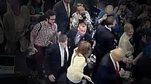 Michelle Fields facing Trump's ire for arm-tug complaint - South Florida  Sun Sentinel - South Florida Sun-Sentinel