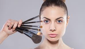 how to contour face with makeup tips from celebrity makeup artist belinda moss