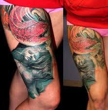 татуировки подводный мир в стиле цветная бедро каталог тату