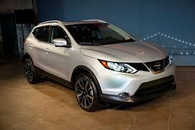 2018 nissan rogue sport. beautiful nissan 2017 nissan rogue sport reveal ahead of naias intended 2018 nissan rogue sport p