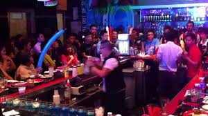 watch 2012 world bartending champ shows off skills