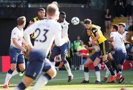 Tottenham Hotspur players challenging Watford's Craig ...