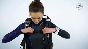 Apeks Black Ice Dive Bcd Total Diving Montreal Scuba