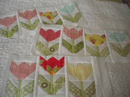 Tulip Quilt & Tulip Quilt - Country Quilts By Choice Quilts & Tulips | A Quilting Life - A Quilt Blog Adamdwight.com