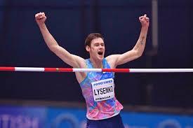 Olympian jesse williams exerts 1200 lbs. A F O6jh0vjn3m