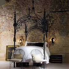 Decorating: Unique Canopy Beds With White Quilt Next To The Stone ...